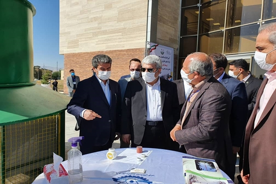 The vice president for science and technology affairs' travel to West Azerbaijan Province