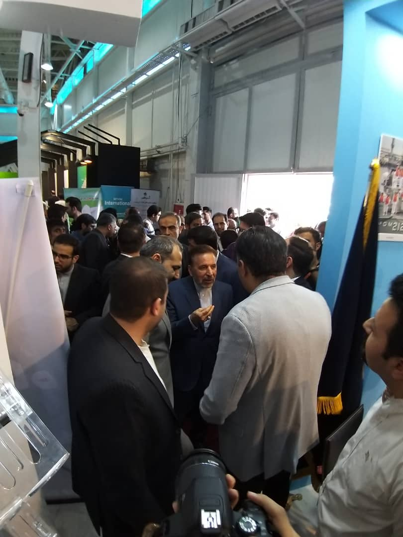 Vice President of Science and Technology visiting the 25th ELECOMP Exhibition
